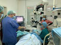 """Със свръхмодерен апарат за безкръвни операции се сдоби Очна клиника към УМБАЛ """"Д-р Г. Странски"""" – Плевен"""
