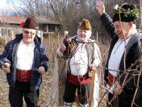 В Долни Вит възраждат традиционното честване на Трифон Зарезан