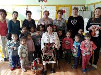 Два празника отбелязаха днес в читалището в село Асеновци
