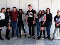 """Ученици от СУ """"Крум Попов"""" – Левски с отличие от национален фестивал"""