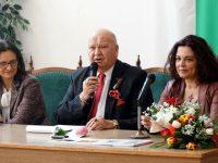 За българщината и истинките българи в една среща с Анна Мария Петрова-Гюзелева в град Левски