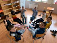 """Първокласници от СУ """"Анастасия Димитрова"""" – Плевен изразиха съпричастност към хората със Синдром на Даун"""