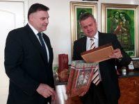 Възможностите за сътрудничество между България и Беларус обсъдиха областният управител и посланик Лукашевич