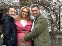 """Семейството на кмета на Ясен Йото Добрев представи рецептата си за щастлив брак в """"Смени жената"""""""