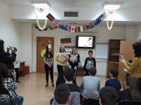 """Ученици на ОУ """"Лазар Станев"""" съживиха мъдрите истории на баснописци в плевенската Библиотека"""