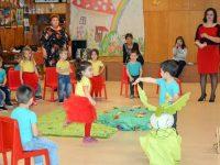 """Децата от ДГ """"Юнско въстание"""" в Плевен посрещнаха пролетта"""