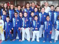 """С куп медали се завърнаха състезателите на КБИ """"Петромакс"""" от турнир в Кюстендил"""