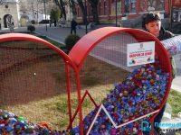"""Ученици от Средношколското общежитие в Плевен се включиха в кампанията """"Капачки за живот"""""""