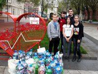 """Учениците от ОУ """"Лазар Станев"""" – Плевен се включиха активно в кампанията """"Капачки за живот"""""""