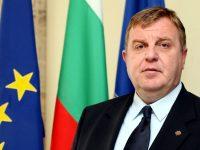 """Министър Каракачанов ще проведе работна среща днес с ръководството на факултет """"Авиационен"""" в Долна Митрополия"""