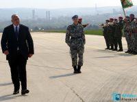 Борисов кацна в Долна Митрополия и заяви: Възстановяваме Военновъздушното училище (галерия)
