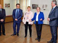Посланикът на Израел в България откри изложба в РИМ – Плевен