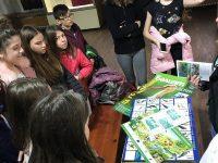 Ученици отбелязаха Международния ден на птиците с посещение в Музея
