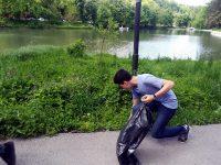 """Ученици проведоха акция по почистване в """"Кайлъка"""""""