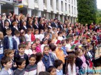 """В Плевен близо 300 човека изпълниха заедно """"Върви, народе възродени!"""""""