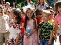 Разнообразни игри на открито и шествие за децата на Плевен на 1 юни
