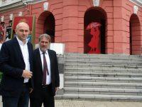 Министър Банов в Плевен: До 2-3 седмици обявяваме кога започва ремонтът на Театъра