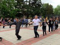 Депутатът д-р Калин Поповски уважи празника на село Деков