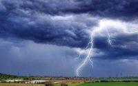 До полунощ е в сила жълт код за валежи и гръмотевични бури в област Плевен