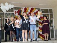 Професионалната гимназия по ресторантьорство, търговия и обслужване – Плевен изпрати Випуск 2019
