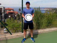"""Любослав Иванчев от ТК """"Плевен-ПСК"""" е четвъртфиналист на Държавното по тенис до 18 години"""