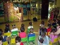 """Малчугани се забавляваха със спектакъла """"Жабокът цар"""" в Панорама мол Плевен (галерия)"""