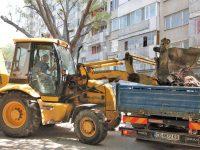 Изхвърляйте строителните отпадъци в специалните контейнери, призовават от почистваща фирма в Плевен