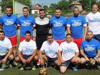 В Кнежа провеждат благотворителен футболен турнир