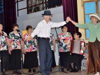 """12 състава участваха в първия фестивал на старата градска песен """"Романтика в Пордим"""""""