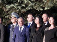 Областният управител Мирослав Петров присъства на тържествената заря-проверка в памет на Ботев във Враца