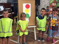 """Продължават разнообразните летни занимания за деца в ДГ """"Звънче"""" – Плевен"""