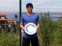 Плевенчанинът Любослав Иванчев е полуфиналист на тенис турнира за Купа Хасково