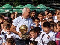 Благотворителен търг на галавечерята в чест на Христо Стоичков в Плевен