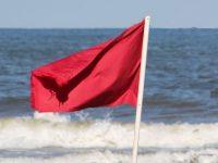 Спасиха възрастен плевенчанин, на косъм да се удави при червен флаг