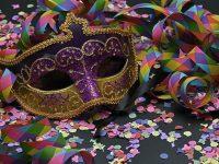 На весел карнавал канят в Никопол