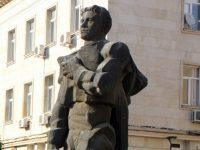 Председателят на ОбС-Плевен и общински съветници ще почетат годишнината от рождението на Левски