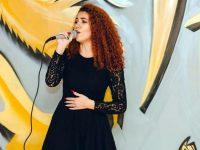 Талантлива плевенчанка ще участва в международен фестивал