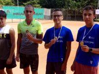 Ангел Иванов спечели Регионалния турнир по тенис за юноши в Плевен