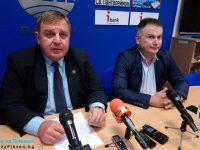 """Министър Каракачанов в Плевен: Кампанията """"Бъди войник"""" има за цел да извади армията пред обществото"""