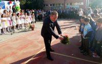 """103 първокласници прекрачиха прага на класните стаи в НУ """"Христо Ботев"""" – Плевен (галерия)"""