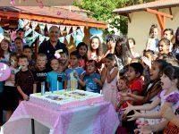 С награди и вкусна торта приключи Лятната работилница за децата в Пордим