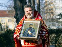 Чудотворната икона на Св. Ефрем и частица от мощите му ще бъдат изложени за поклонение в Левски и Никопол