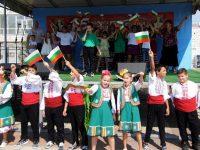 В Гулянци тържествено отбелязаха 45-годишнината на града (галерия)