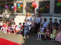 """С пожелания за повече успехи посрещнаха новата учебна година в ДГ """"Звънче"""" – Плевен"""