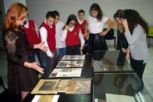 Ценно дарение получи плевенският Архив навръх празника си (галерия)
