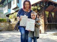 """4-годишен талант на ДГ """"Теменуга"""" с награда от национален творчески фестивал"""