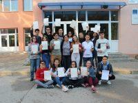 Ученици от Езиковата в Плевен – носители на сертификат на университета Кеймбридж