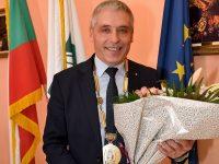 Посрещнаха тържествено Детелин Василев в Община Пордим, дама ще е председател на ОбС