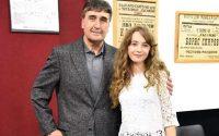 Талантливата Елизабет Захариева впечатли Веселин Маринов на концерта му в Плевен