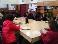 Междуинституционална среща с участието на родители, учители и ученици се проведе в ПГМХТ-Плевен